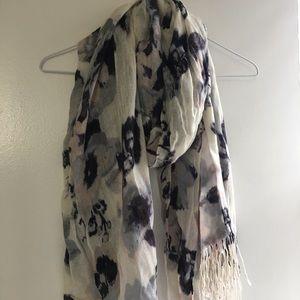 H&M scarf NWT